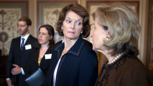 PHOTO: Sen. Lisa Murkowski, R-Ak. and Sen. Kay Bailey Hutchison, R-Tx., attend a news conference March 15, 2012.