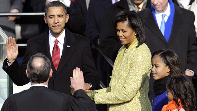 PHOTO: Barack Obama is sworn in as the 44th US president by Supreme Court Chief Justice John Roberts in front of the Capitol in Washington, Jan. 20, 2009.