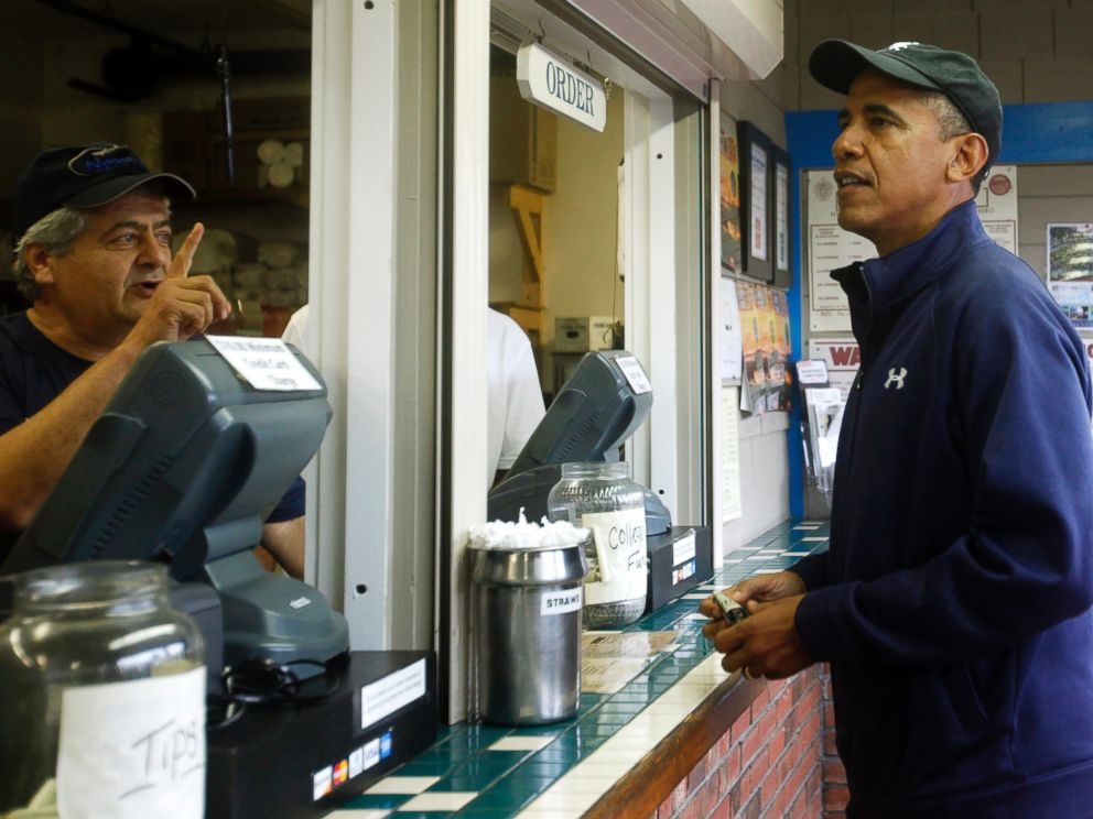 PHOTO: President Barack Obama places an order at Nancys Restaurant on August 13, 2013 in Oak Bluffs, Mass.