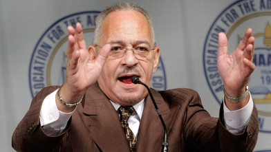 PHOTO: Rev. Jeremiah Wright delivers the keynote address at the Detroit NAACP annual Fight For Freedom Fund Dinner April 27, 2008 in Detroit, Michigan.