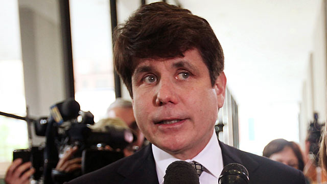 PHOTO: Former Illinois Governor Rod Blagojevich speaks to the media following a guilty verdict in his corruption retrial at the Dirksen Federal Courthouse.
