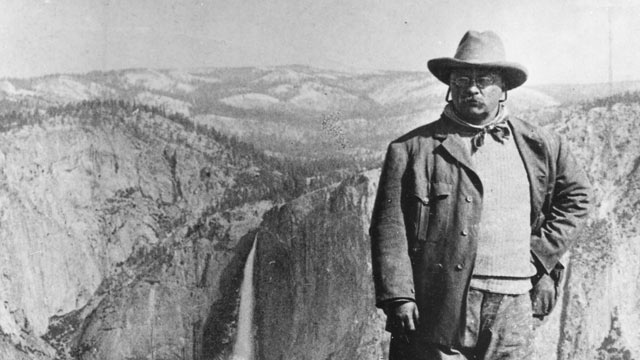 PHOTO:President Theodore Roosevelt poses for a portrait on Glacier Point, Yosemite Valley, Calif, May 1903.