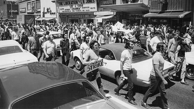 PHOTO: Vietnam War protest