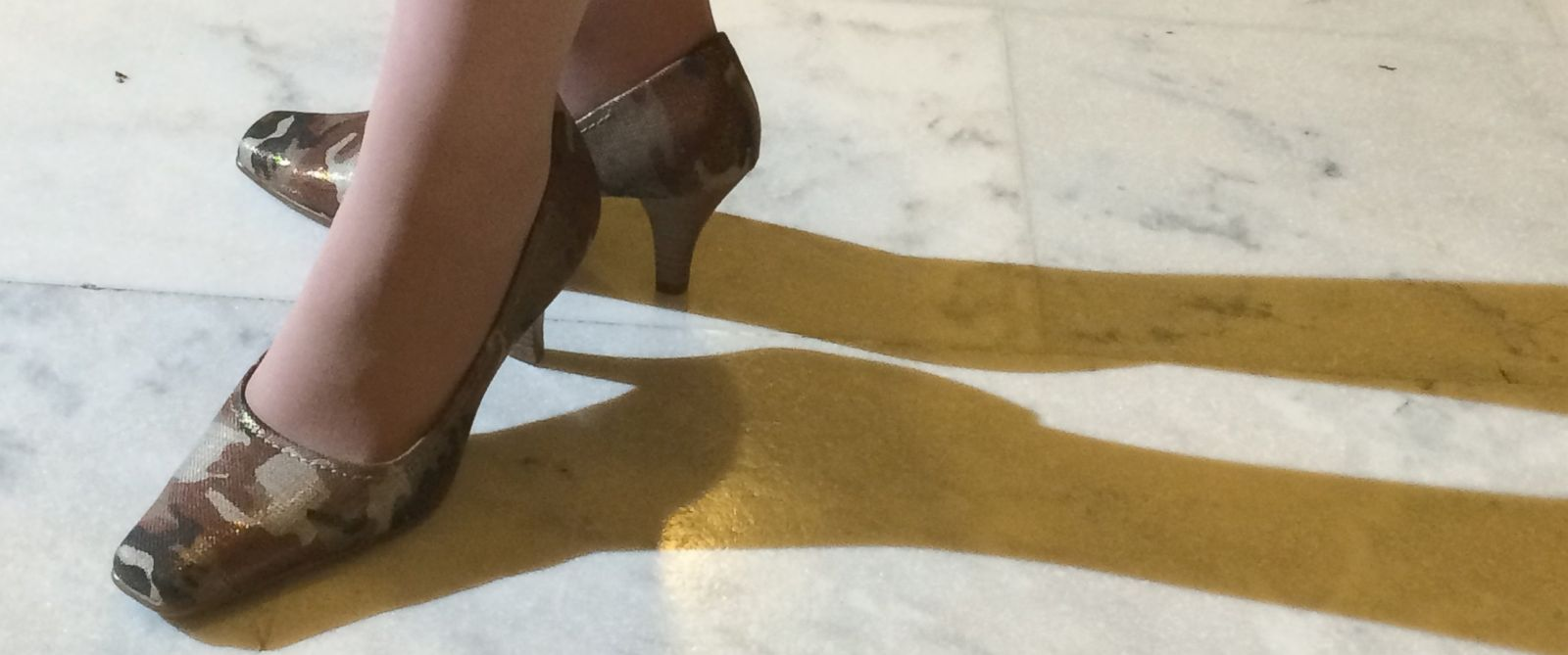 PHOTO: The shoes of Joni Ernst prior to the State of the Union, Jan. 20, 2015.