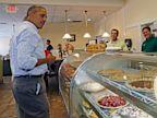 PHOTO: President Obama shopping for pies