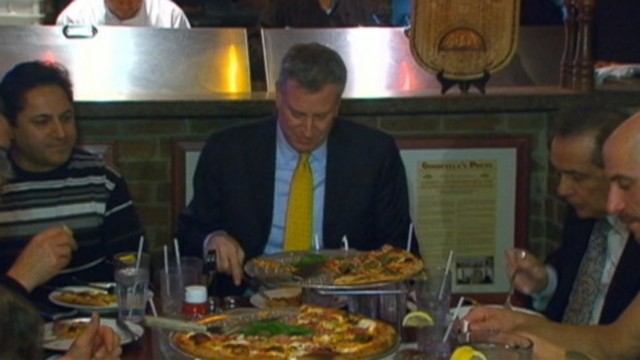 Bill de Blasio defends his use of a knife and fork.