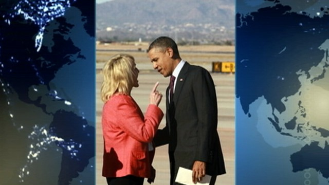VIDEO: Photo shows Arizona governor pointing her finger at the president.