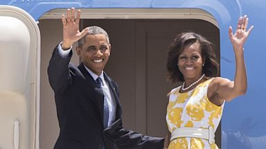 PHOTO: Barack Obama and first lady Michelle Obama