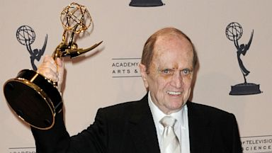 PHOTO: Bob Newhart Gets Emmy