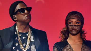 "PHOTO: Jay Z, left, and Beyonce, right, perform during the ""On The Run Tour"" on Aug. 2, 2014 in Pasadena, Calif."