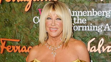 PHOTO: Suzanne Somers arrives at the Wallis Annenberg Center For Performing Arts Inaugural Gala, Oct. 17, 2013, in Beverly Hills, Calif.