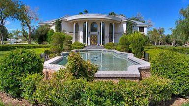 PHOTO: Wayne Newtons Casa de Shenandoah ranch was listed for $70 million.