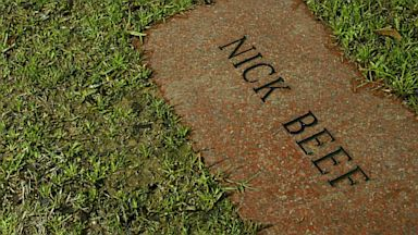 PHOTO: Nick Beef gravestone neighbors Lee Harvey Oswalds grave at Shannon Rose Hill Cemetery