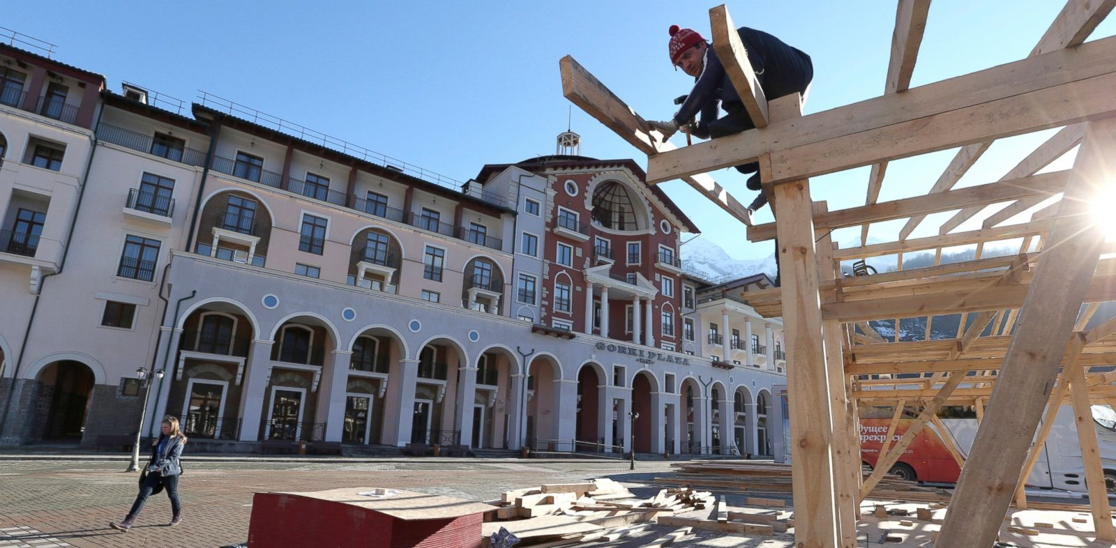 PHOTO: Construction work continues apace outside the Gorki Plaza East hotel in Krasnaya Polyana, Russia, Feb. 2, 2014.
