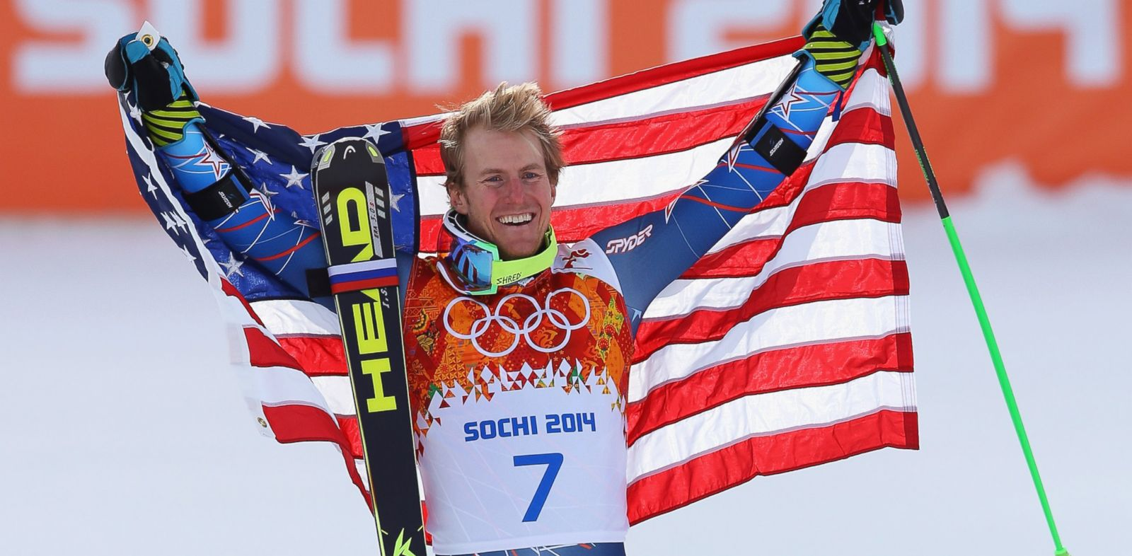PHOTO: Gold medalist Ted Ligety of the United States celebrates during the flower ceremony for the the Alpine Skiing Mens Giant Slalom on Feb. 19, 2014.