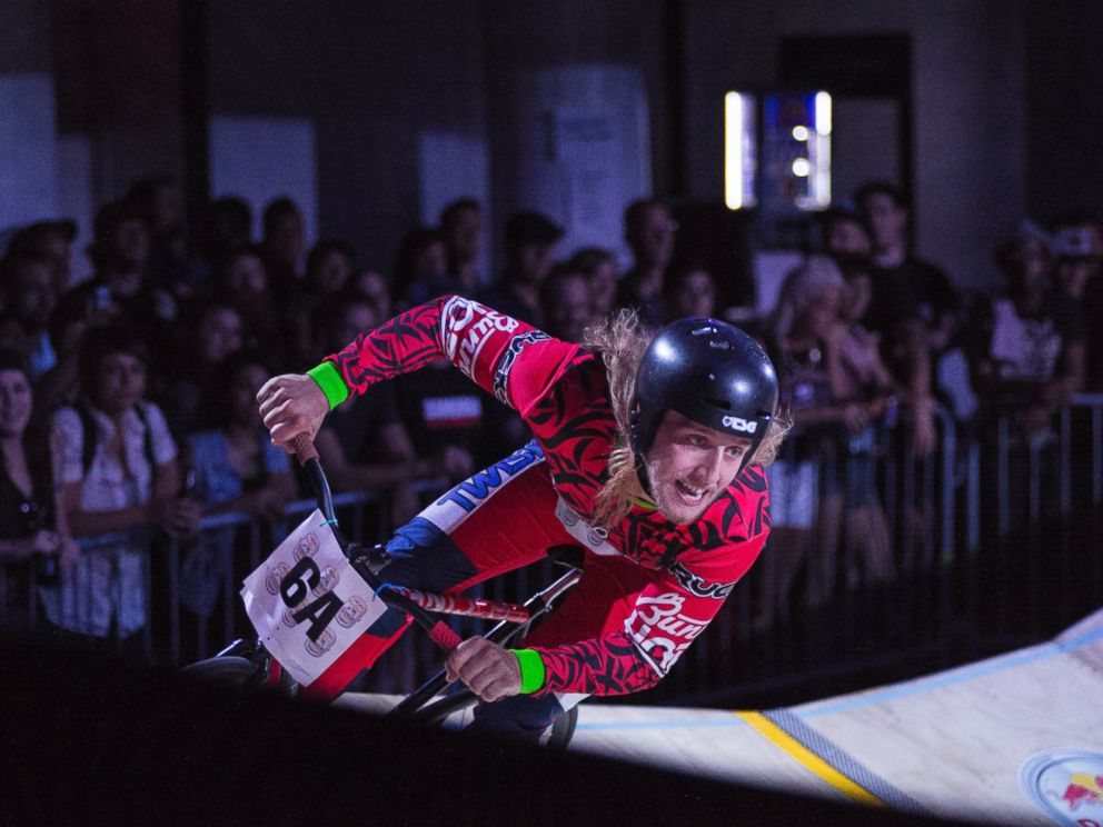 PHOTO: Winner Dave Rodebaugh rounds a corner during competition at Red Bull MiniDrome in Brooklyn, N.Y., June 26, 2014.