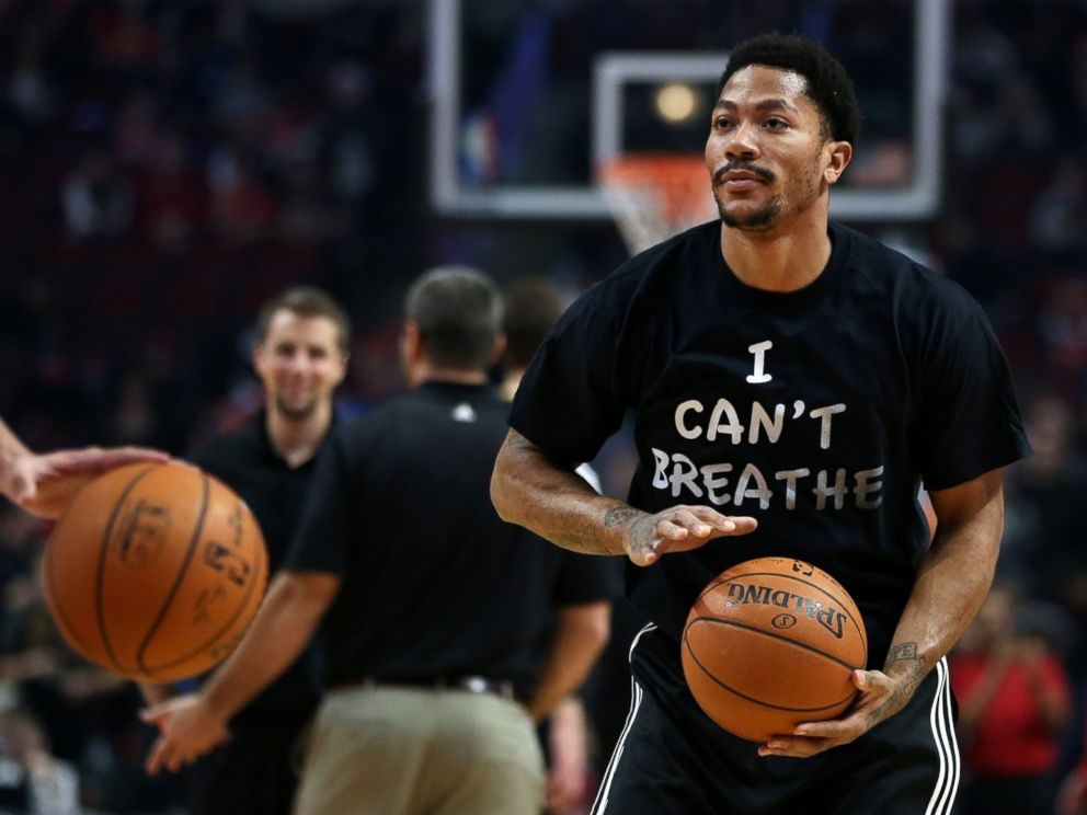 PHOTO: Chicago Bulls guard Derrick Rose wears a shirt reading I Cant Breathe