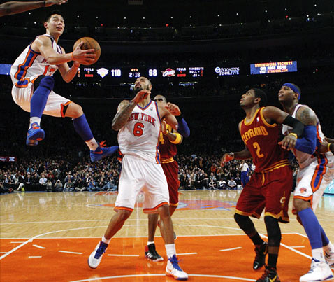 ap new york knicks jeremy lin ll 120301 wblog Today in Pictures: Sarkozy Swarm, Tornado Damage, Linsanity