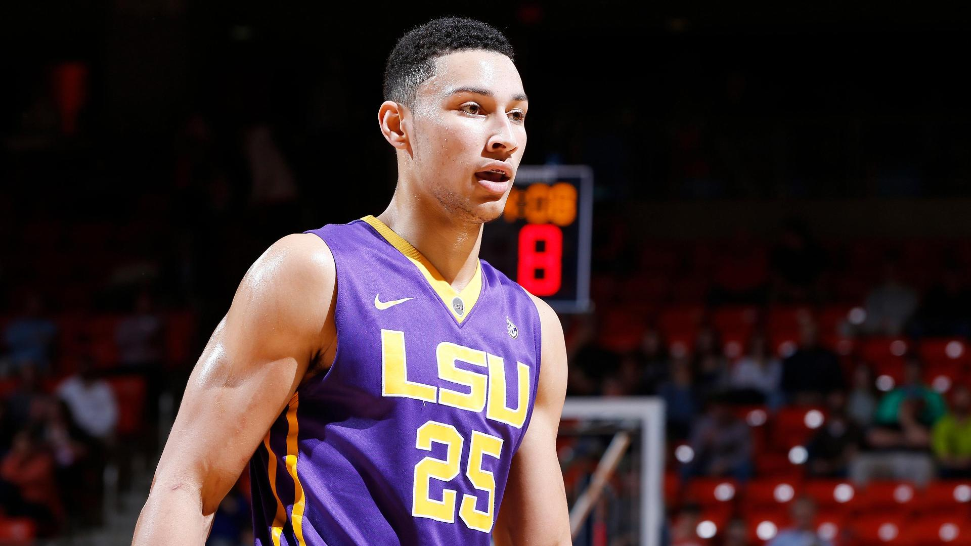 LSU says Simmons ineligible for Wooden