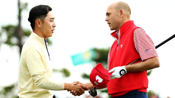 Bill Haas and Sang-Moon Bae