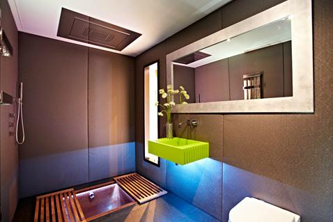 13 yo home bathroom ll 121121 wblog Yo! Home: The Convertible Apartment