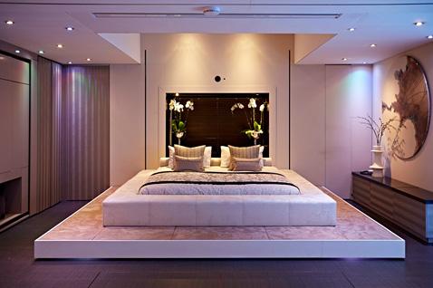 1 yo home bed ll 121121 wblog Yo! Home: The Convertible Apartment