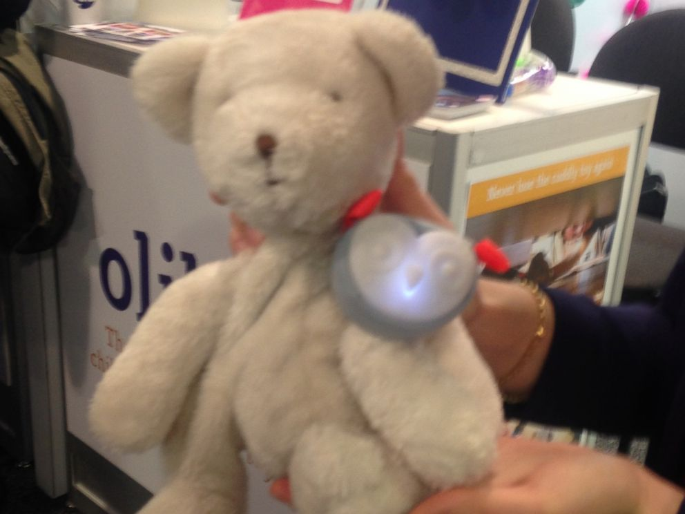 PHOTO: Oliba makes sure your child never loses a toy again.