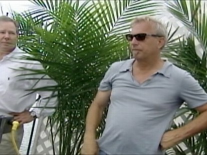 VIDEO: Kevin Costner demonstrates a machine that he says can clean the oil spill.