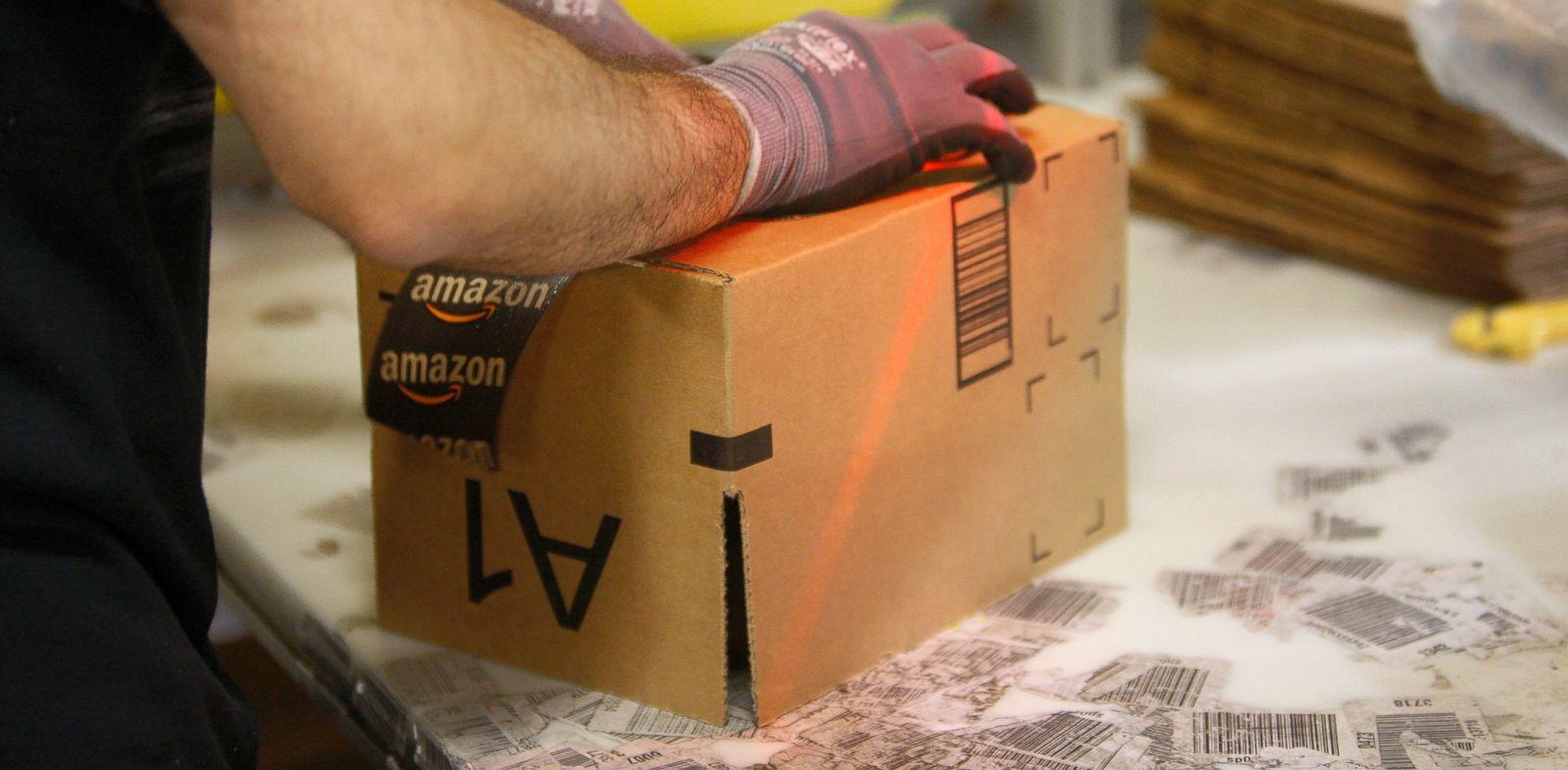 PHOTO: An employee ships packages from the Amazon San Bernardino Fulfillment Center, Oct. 29, 2013, in San Bernardino, Calif.