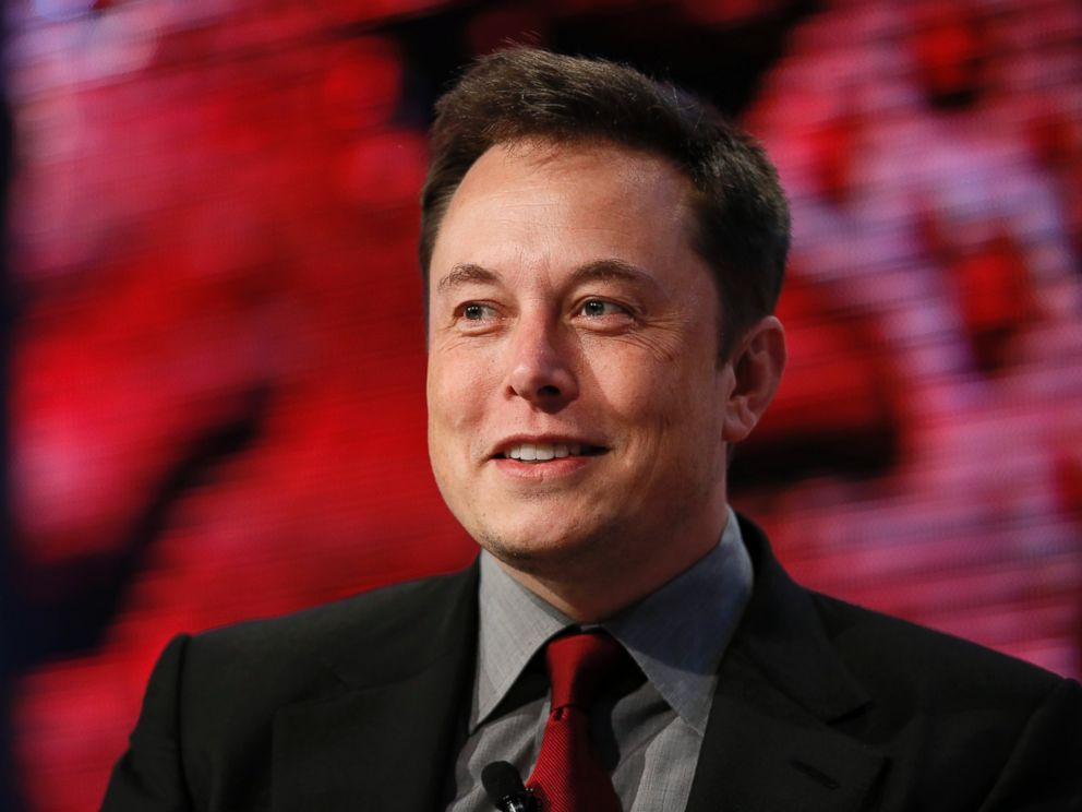 PHOTO: Elon Musk, Tesla Chairman, Product Architect and CEO, speaks at the Automotive News World Congress in Detroit, Jan. 13, 2015.