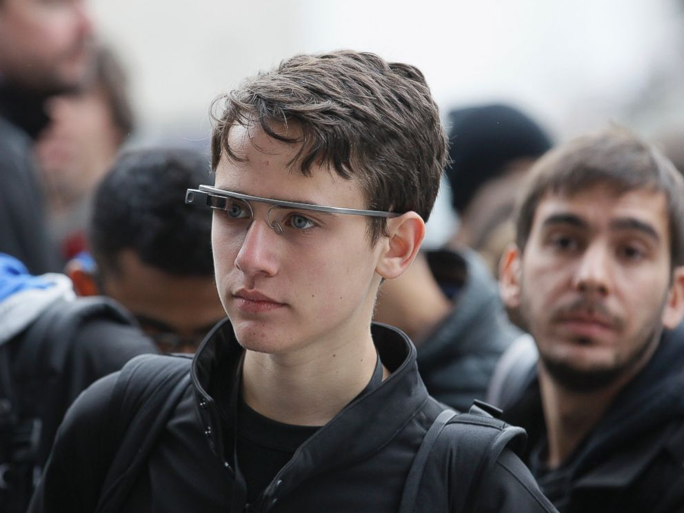 PHOTO: Attendees wear Google Glass at the Apple Worldwide Developers Conference in San Francisco, June 2, 2014.
