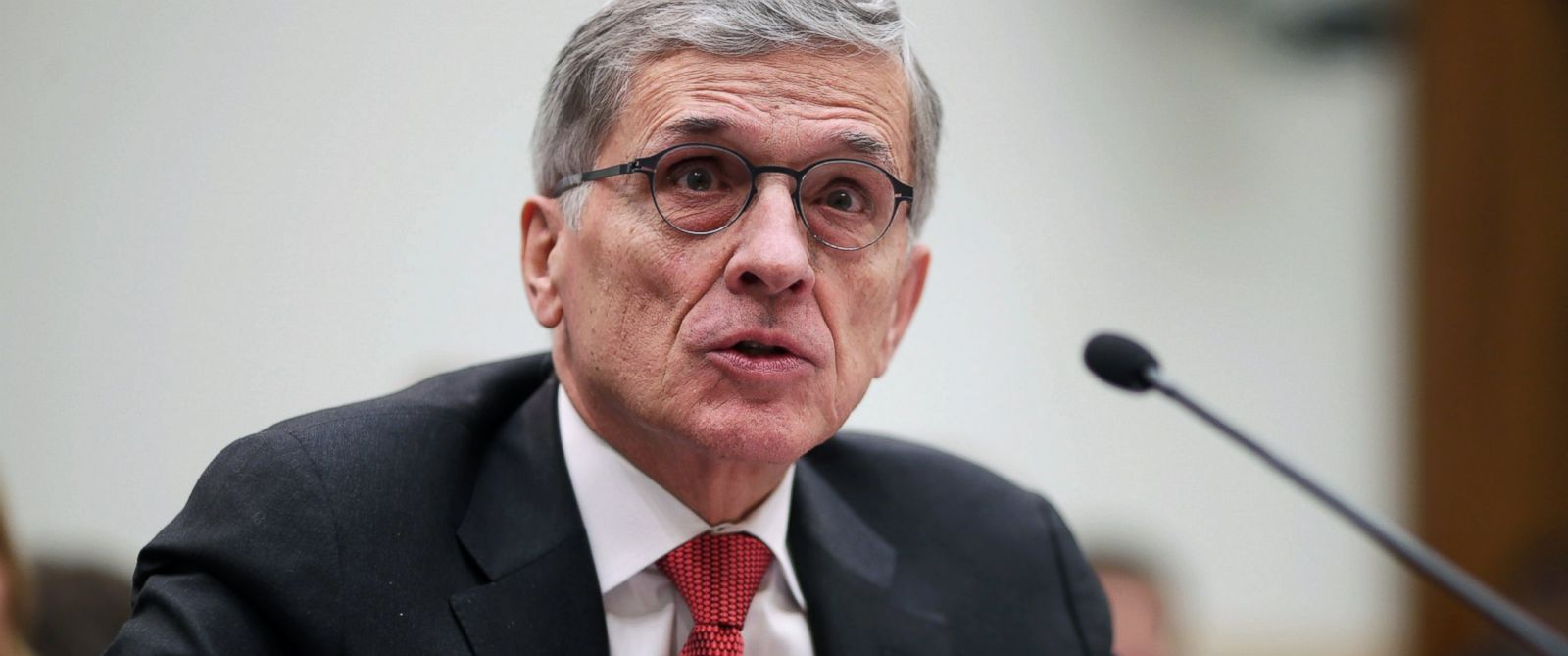 PHOTO: Federal Communications Commission Chairman Tom Wheeler testifies before the House Judiciary Committee in the Rayburn House Office Building on Capitol Hill, March 25, 2015, in Washington.