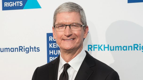 http://a.abcnews.go.com/images/Technology/GTY_tim_cook_as_160218_16x9_608.jpg