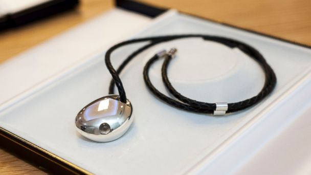 PHOTO: Bluetooth Smart Jewelry