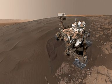 PHOTO: Mars Rover Sends a Selfie From the Red Planet