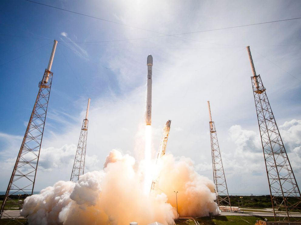 PHOTO: A SpaceX Falcon 9 rocket lifts off from Cape Canaveral Air Force Station, Fla., July 14, 2014.