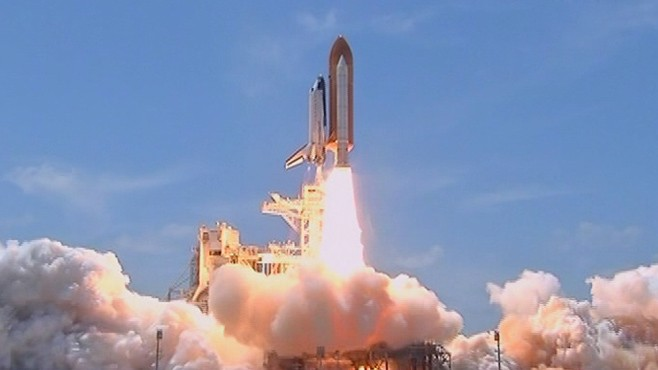 VIDEO: Atlantis takes its final journey as NASA winds down shuttle program.