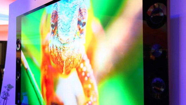 VIDEO: Sonys got more than just a 4K TV at CES.
