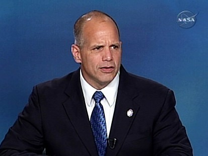 VIDEO: NASA flight director talks about tile damage to space shuttle Atlantis.