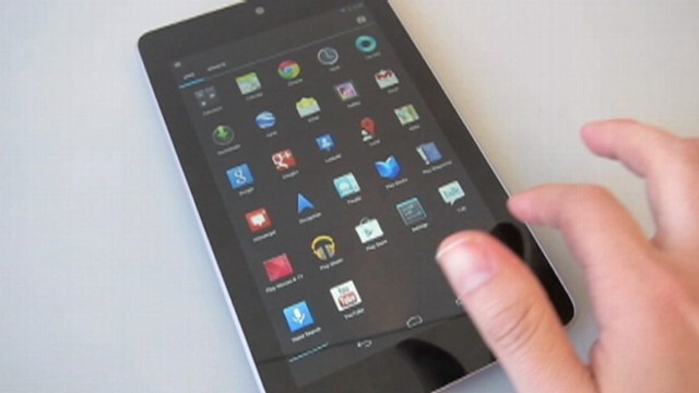 VIDEO: ABC News technology editor Joanna Stern reviews the Android tablet.