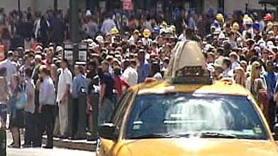 PHOTO: People react to an earthquake in New York City on Aug. 23, 2011.