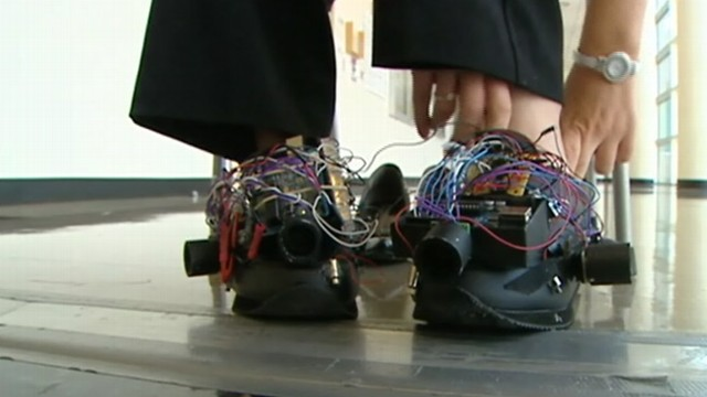 VIDEO: University of Texas students create prototype with vibrating sensors.