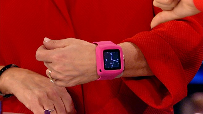 VIDEO: Andrea Smith with the top tech gadgets for your loved ones.