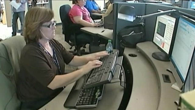 VIDEO: Dispatchers in Oklahoma City helped trace call from woman who stabbed herself.