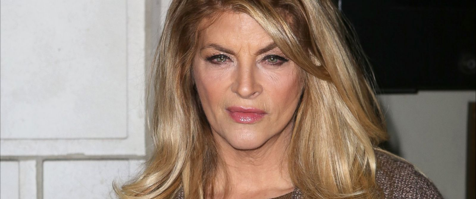 PHOTO: Kirstie Alley attends Constellations at the Samuel J. Friedman ...