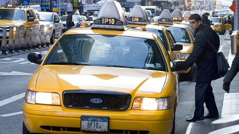 gty new york taxi ll 120606 wblog New York May Let People Hail Cabs With Smartphones