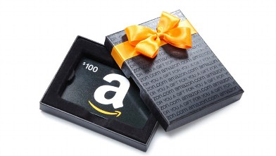 PHOTO: An Amazon.com gift card.