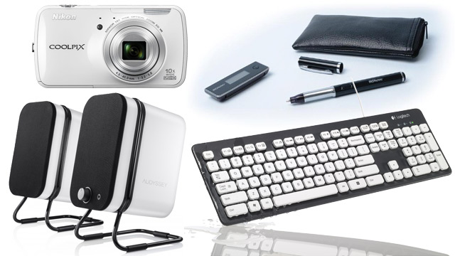 PHOTO: Audyssey Wireless speakers, Nikon Coolpix S800c, IRIS Notes 2 pen and paper and Logitech_Washable_Keyboard
