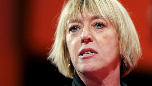 PHOTO: Jody Williams speaks during Session 5: Harmony and Discord in this Dec. 8, 2010 file photo at TEDWomen in Washington, DC.