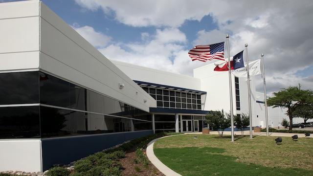 PHOTO:Motorolas Fort Worth manufacturing facility.